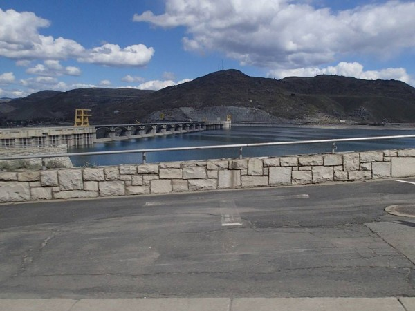 Topside of the Grand Coulee Dam. photo: C. Heg