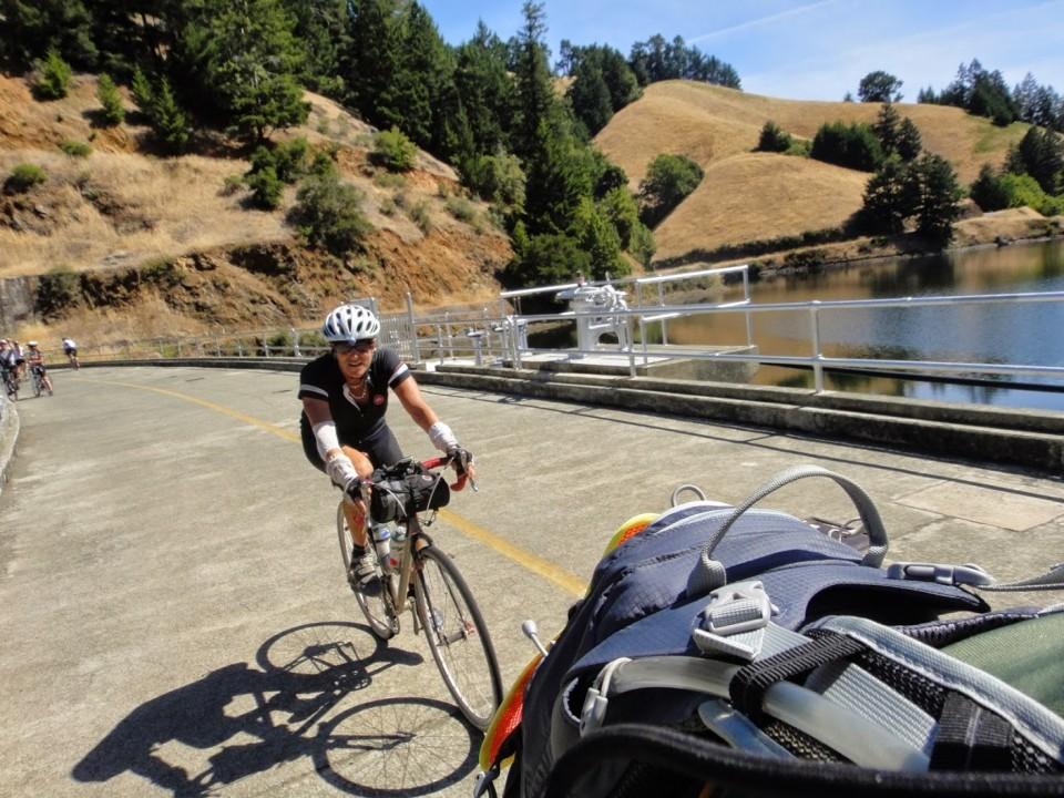 Bandaged up and still riding. Photo: M. Uz